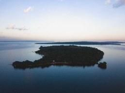 Banda Island Drone Shot mon Lake Victoria, Uganda